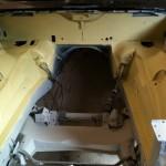 2010april jaguar motorruimte spuitplamuur